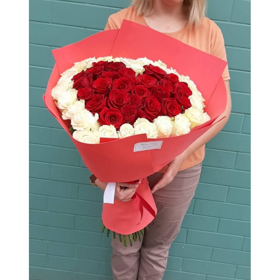 51 одна роза  в виде сердца