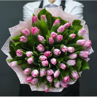 45 розовых тюльпанов микс