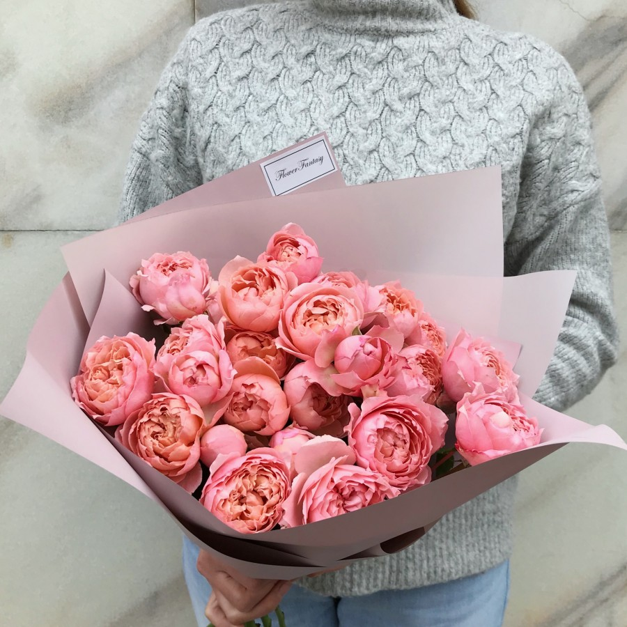 Пионовидная роза Juliet 9 штук