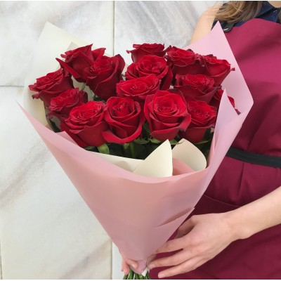 Красная роза 15 штук